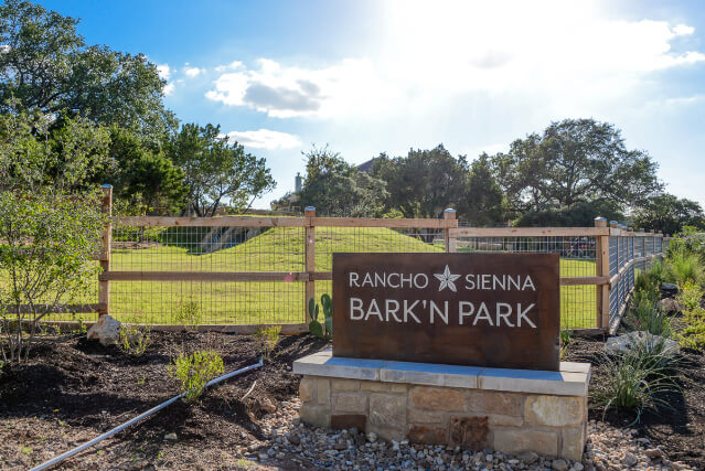 Rancho Sienna's newest outdoor amenity, Bark'N Park