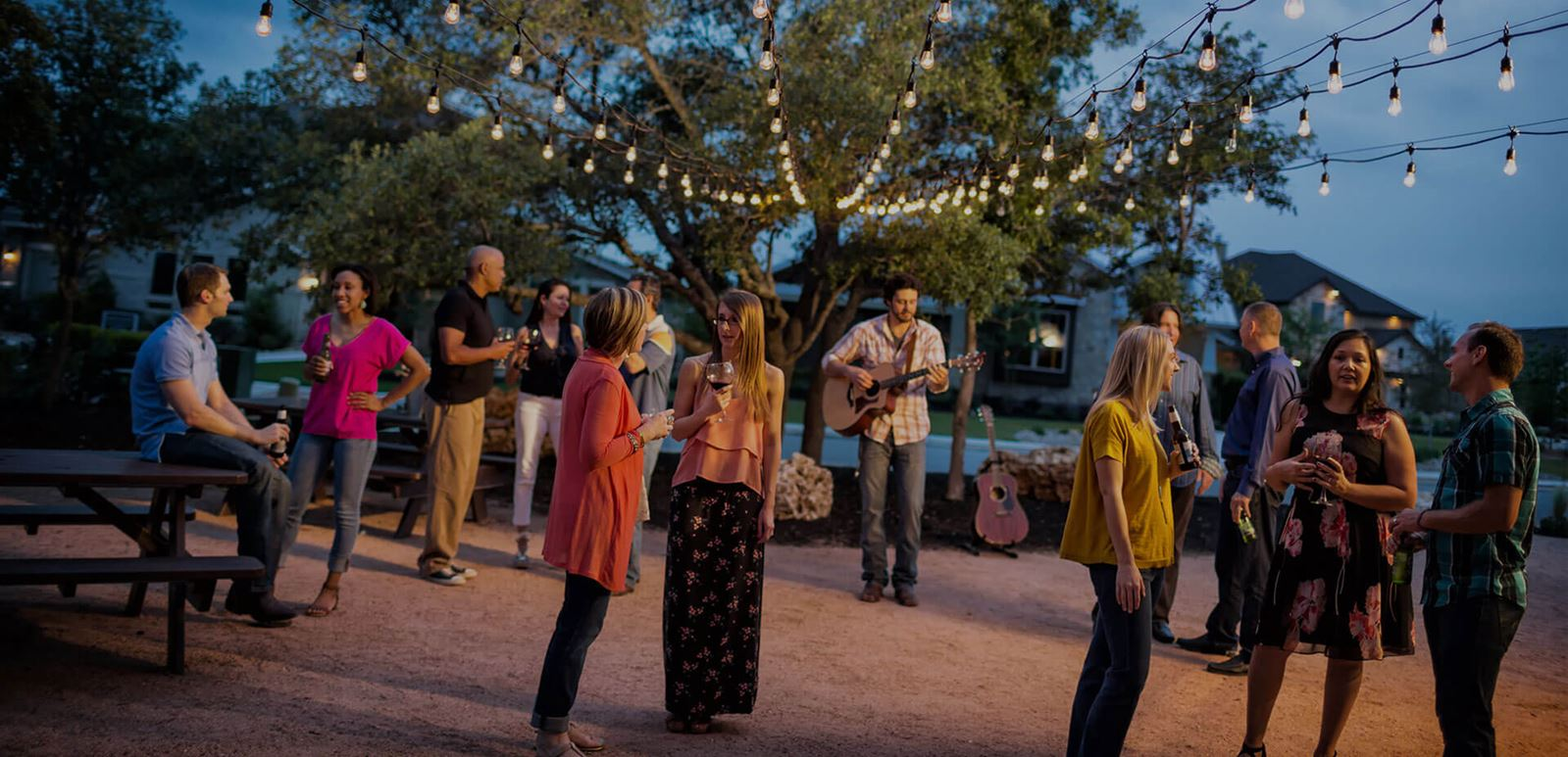 Rancho Sienna residents attend live acoustic music event