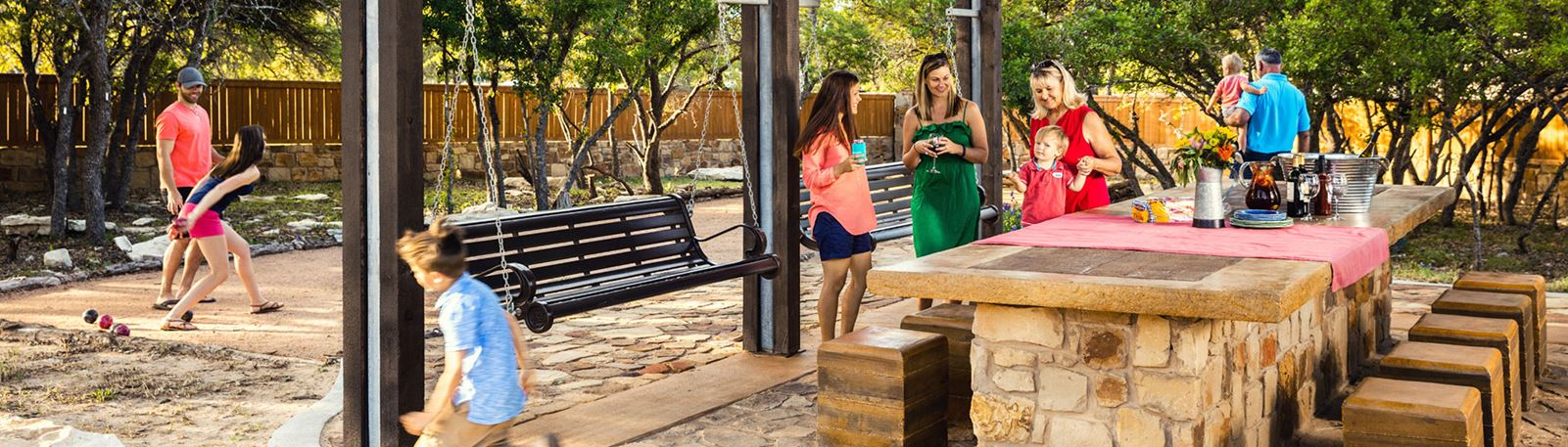 Rancho Sienna Outdoor Dining Room