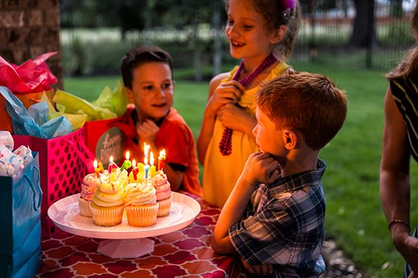 Rancho Sienna kids gathered at a birthday party