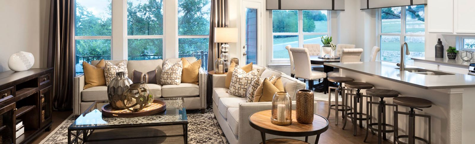 rancho-sienna-lennar-giallo-model-home-living.jpg