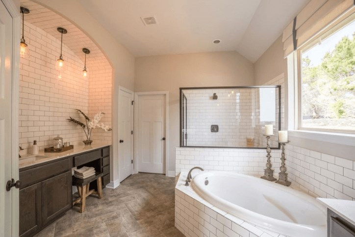 Rancho Sienna - Chesmar Homes owners bathroom.png