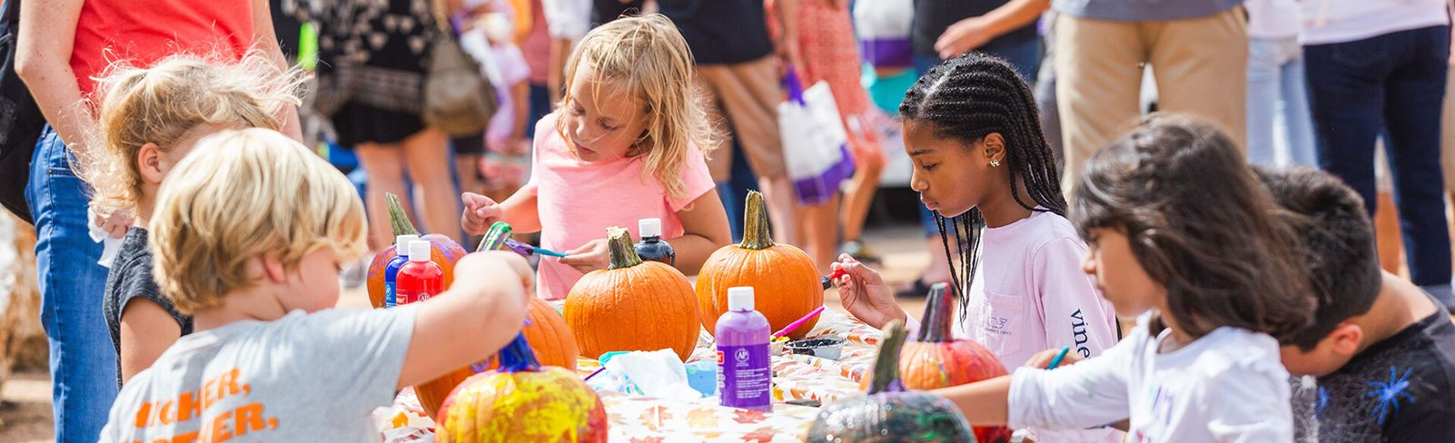 Rancho Sienna Harvest Festival - Children painting pumpkins